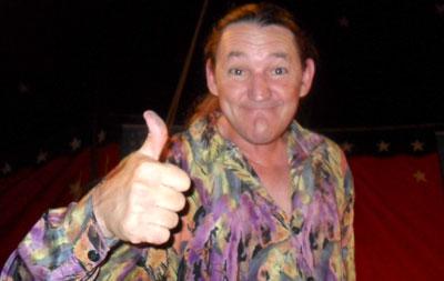 Humorista Marquito estará neste sábado em Orlândia